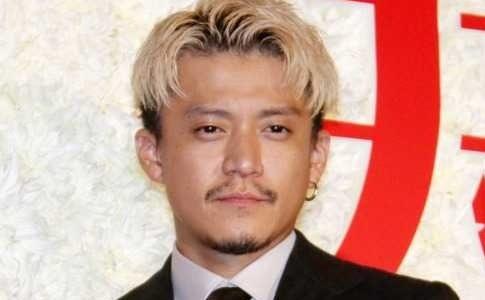【2019秋最新】小栗旬の髪型・金髪ショートがカッコいい!セットやオーダー方法は?