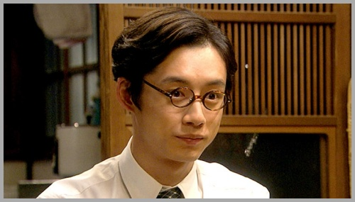 坂口健太郎
